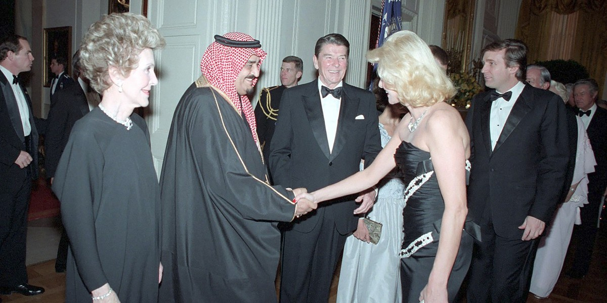 Ronald Reagan and Donald Trump meeting king Fahd of Saudi Arabia in the White House (1985).
