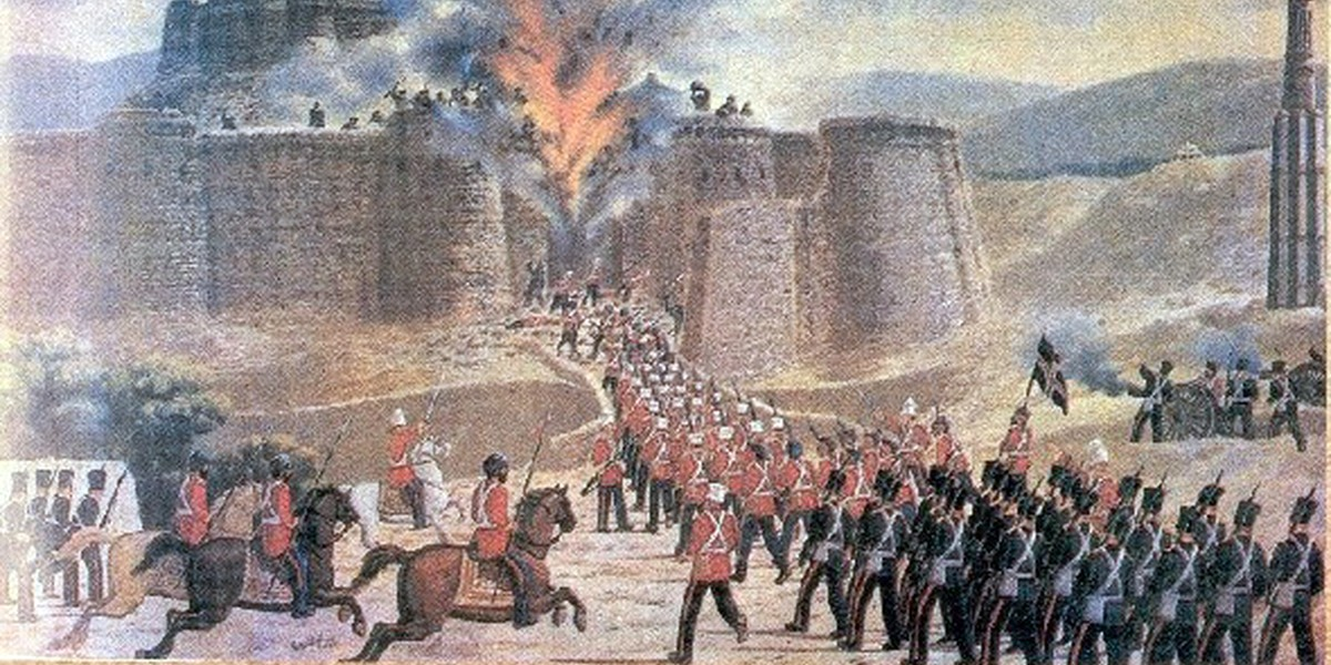 British imperial forces attack Ghazni fort in First Anglo-Afghan War, 1839.